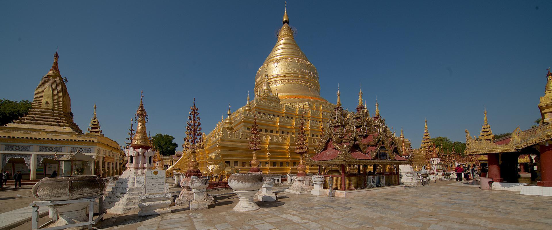 Cees Rijnen met Irix Blackstone 11mm/f4  in Myanmar